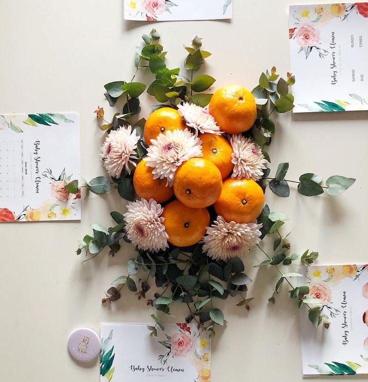 Hoy festejamos que muy pronto llega Clementina para agrandar esta familia #weddingfactory 🍊❤️! @sofitagle , nuestra diseñadora encargada de… Vegetables, Party, Instagram, World, Mesas, Celebration, Ornaments, Home, Blue Prints