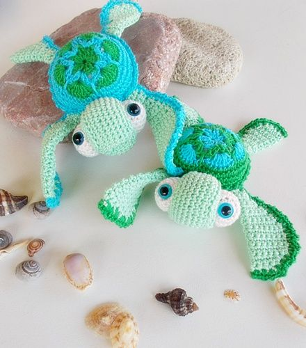 Can anyone find the source for these adorable crocheted turtles? sea turtles by lella ✿ڰۣ—