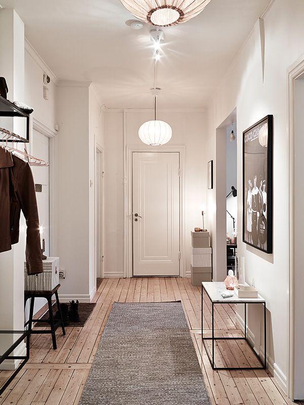 die besten 17 bilder zu hallway flur und diele auf pinterest runde spiegel eingang und. Black Bedroom Furniture Sets. Home Design Ideas