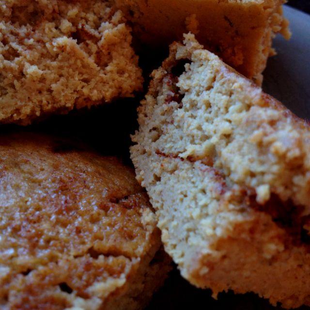 Jamie Eason's Cinnamon Swirl Protein Bread. My favorite protein bar recipe. Grab and go meal. http://www.bodybuilding.com/fun/jamie-easons-livefit-recipes-cinnamon-swirl-protein-bread.html