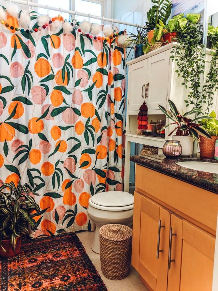 This Boho Apartment Shows How to Add Loads of Color to a ...