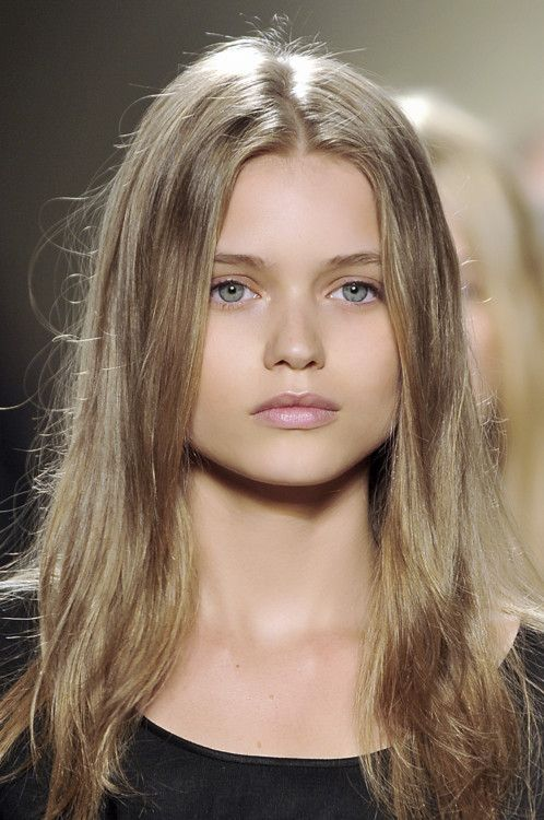 Abbey Lee Kershaw at Isabel Marant S/S09 -gorgeous delicate pink highlights