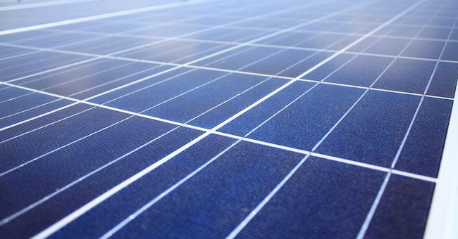 Batterie redox efficienti e sostenibili con polimeri organici e acqua