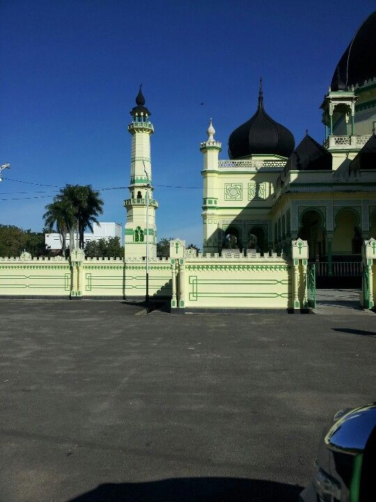 Azizi Mosque @ Tanjung Pura, Langkat, Northern Sumatera, Indonesia was built in 1902 and is one of the oldest mosque in Sumatera