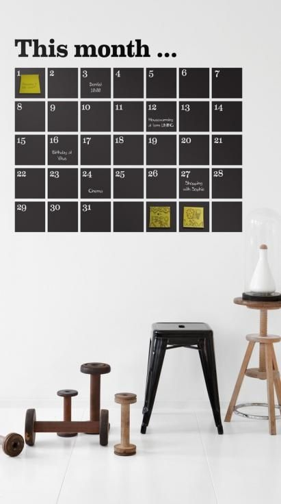 Kalender, sort fra Ferm Living  550,-