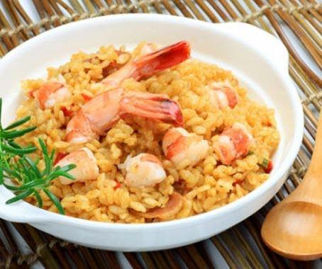 Arroz con gambas: hay mil maneras de cocinar el arroz y en la receta de hoy le daremos un toque marinero: Arroz con gambas. Veréis que es muy fácil de hacer con Chef Plus Induction.  http://www.chefplus.es/receta/arroz-con-gambas