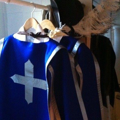 simple no-sew DIY Three Musketeers costume