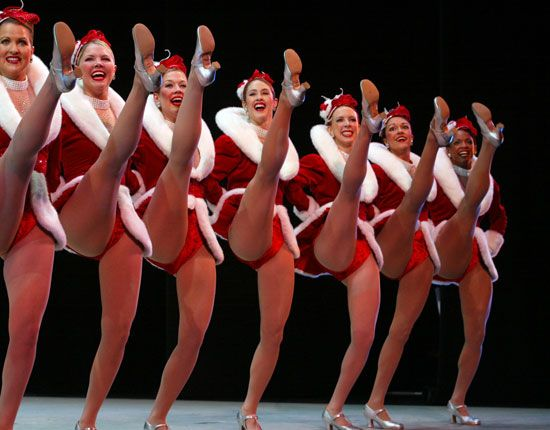 The legendary New York City Radio Music Hall ROCKETTES!!  I was so excited to see them on tour in Austin, TX with their Christmas show and to see the Rockefeller Center Christmas tree when I visited New York. They are an iconic part of American culture. I love to watch them on the Macy's Thanksgiving Day Parade. I've been a fan for many years. #Rockettes