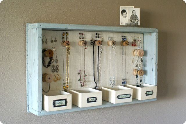 Jewelry Organizer - what a cute idea!