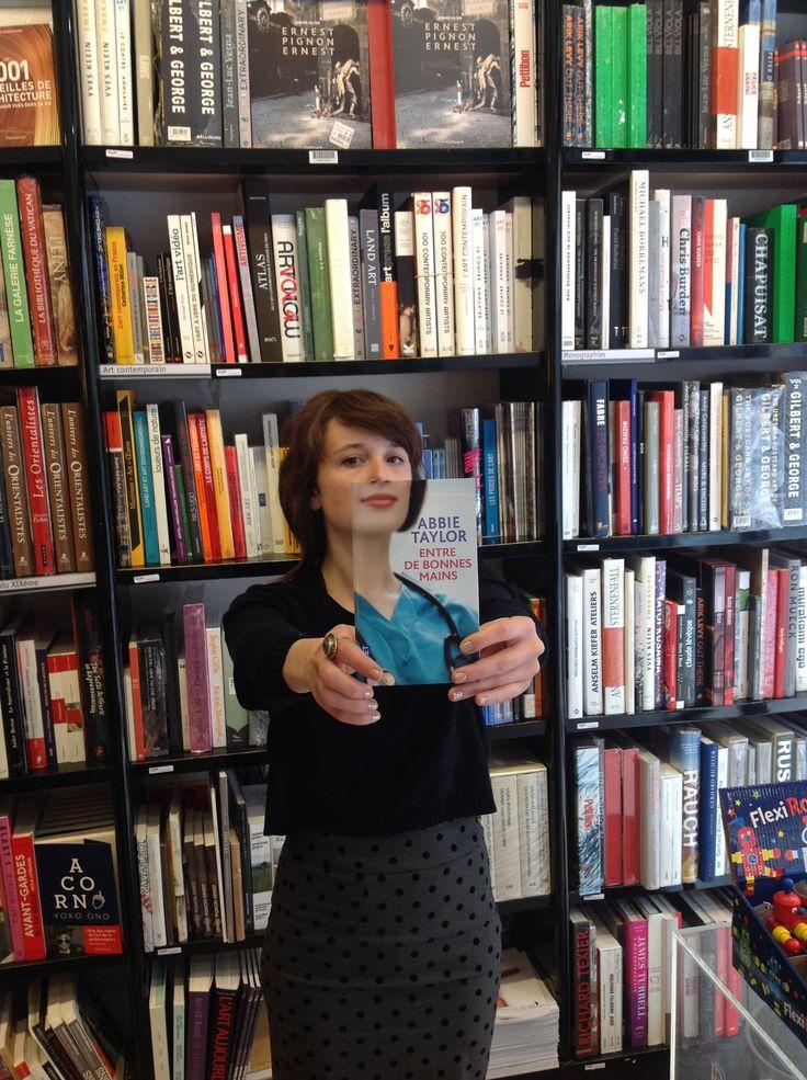Book face avec Abbie Taylor, Entre de bonnes mains, éd. @Edition·S Pocket #bookface #sleeveface #deslibrairesavotreservice