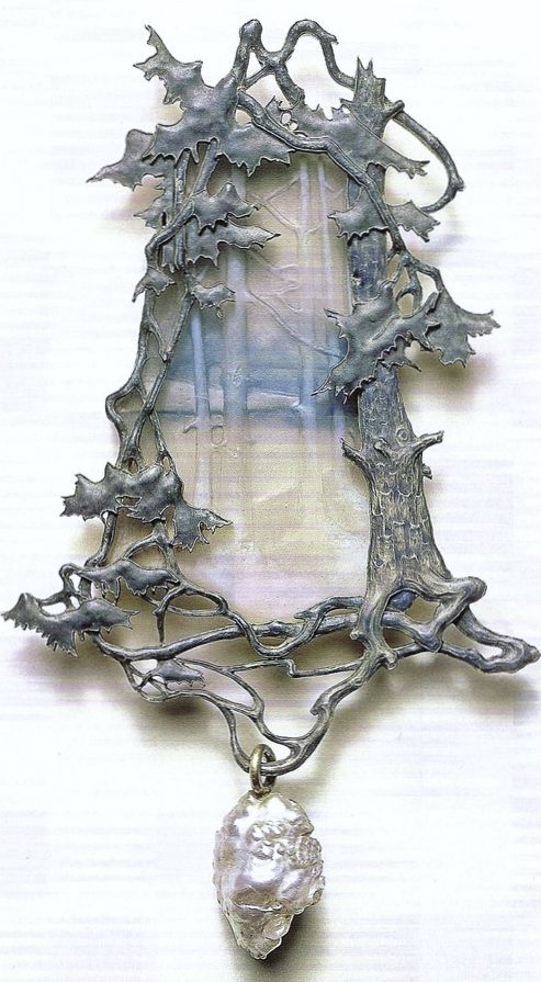 Lalique 1899-1900 signed 'Land-scape w/Trees on the Bank of a Lake' Pendant: molded glass, cast