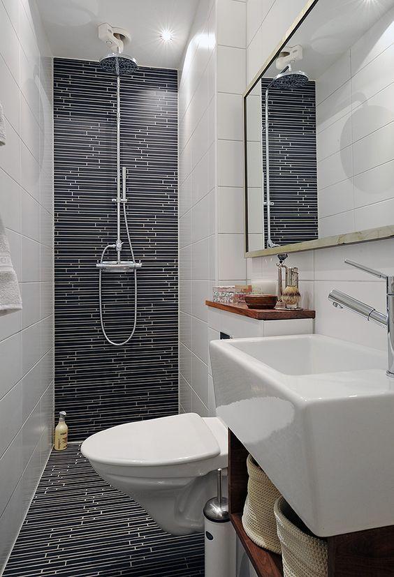 Astuce n°10 - Avez-vous pensé à la version mini ?  Mini lavabo dans une petite salle de bains  http://www.homelisty.com/astuces-gain-de-place-petite-salle-de-bains/