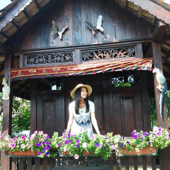 Garden House. Bandung - indonesia (begonia garden)