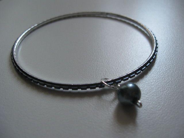 Bracciale rotondo con pendente : Braccialetti di bymarina