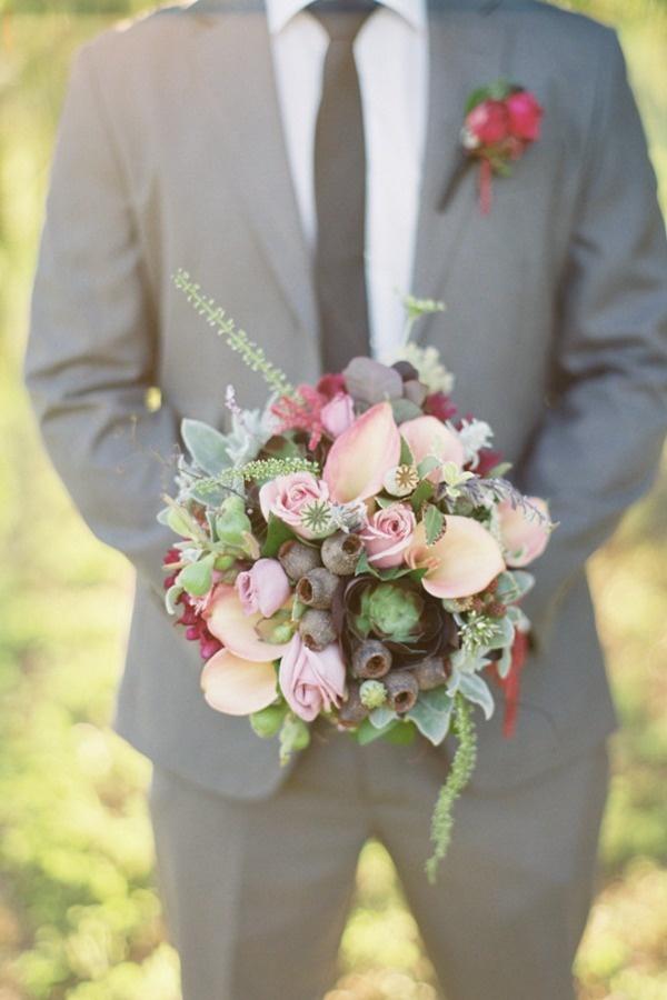 gumnuts in the bouquet! its aussie mate