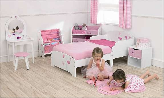7 Small Bedroom Designs By Professional Experts: 14 Best Images About Hello Kitty Party Decorations On
