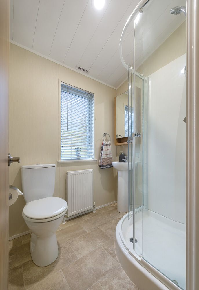 Portland 40x20 2 bedroom model - en-suite shower room