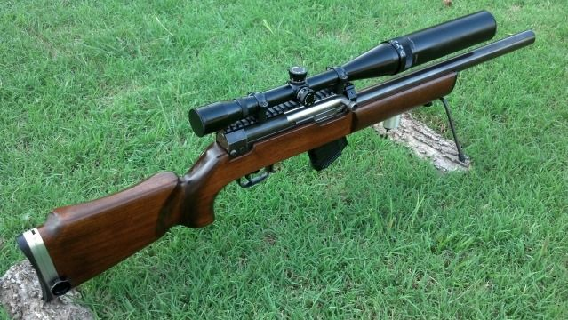 Forum user Loose-Cannon from Texas had this SKS built as a straight-pull bolt-action bench-rest style rifle with a custom chambered Israeli 1919A4 barrel.