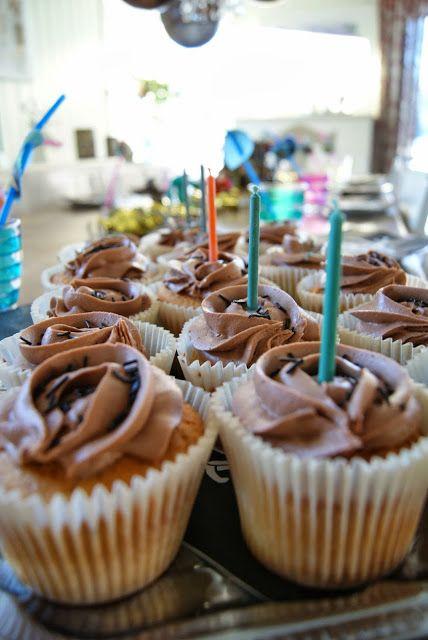 Hobbyvimsa: Barnebursdag med pannekaker og cup cake med sjokolade krem