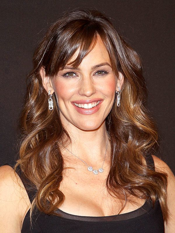 Jennifer Garner Sang Happy Birthday to a Fellow Diner in Atlanta Restaurant http://greatideas.people.com/2015/08/24/jennifer-garner-ben-affleck-split-atlanta-restaurant-birthday/