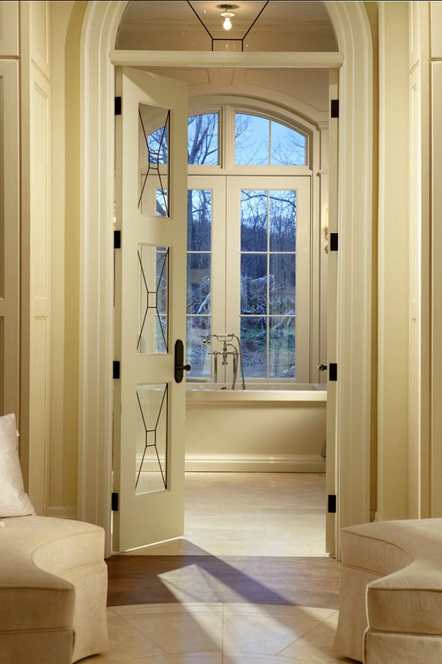 Interiors. Traditional Interiors. #Interiors #Traditional #HomeDecor