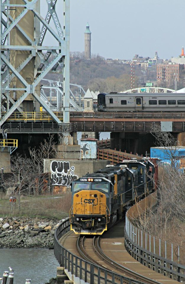 Csx Transportation Heads Southbound On The Oak Point Link With A Mta Long Island Rail Road Rail Train While An M Csx Transportation Metro North Railroad Train