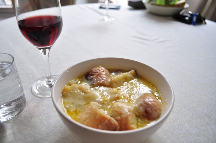 Joel Robuchon's recipe for French Onion Soup