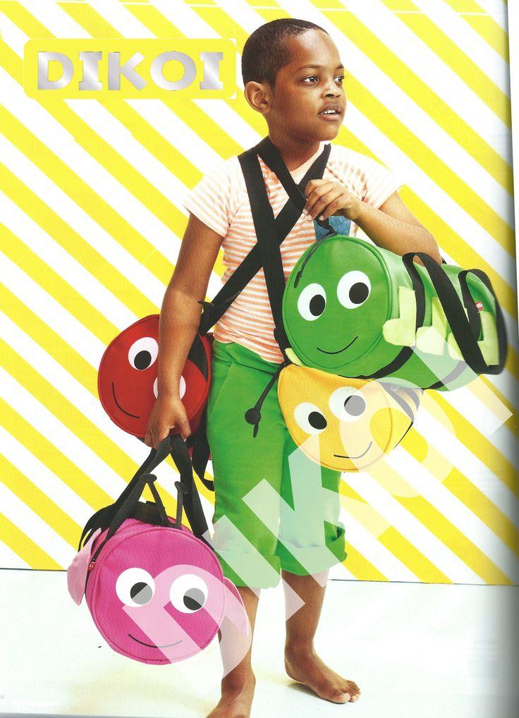 JIP TASSEN € 16,95 Deze schattige  tas van Jip is super handig voor gymkleding, boekjes of een broodtrommeltje.