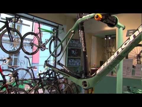 ▶ Bianchi Café & Cycles, Stockholm, Sweden. Digital Signage from ZetaDisplay - YouTube