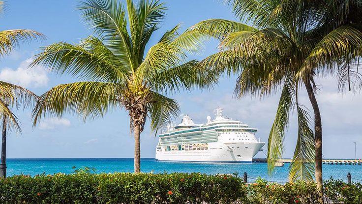 Véritables palaces flottants, les navires de croisière qui voguent entre les Bahamas, l'Alaska, le Québec ou la Méditerranée font rêver. Embarquement immédiat!