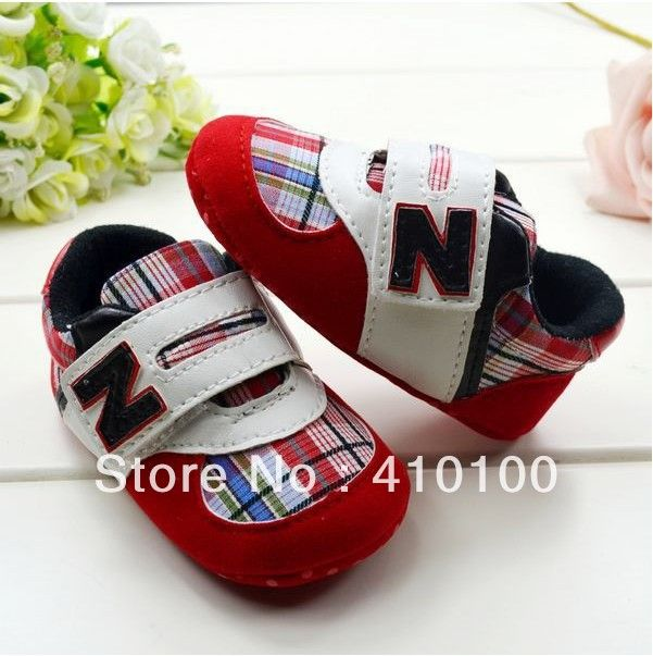 S338/S339 fashion striped grid velcro sportsshoes Toddler Baby Shoes soft sole baby shoe-in First Walkers from Shoes on Aliexpress.com