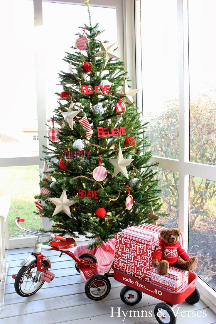 Red and white christmas tree decorating ideas - Christmas Tree Decked In Red By Doreencagno Of Hymns And Verses White Christmas Treeschristmas Tree Ideaschristmas