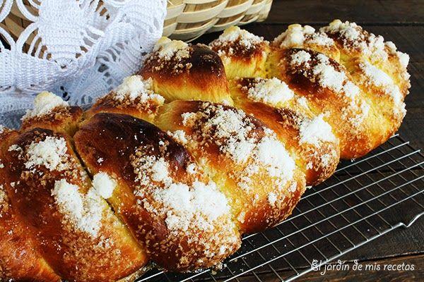 En Galicia lo más común es regalarle a los ahijados una rosca el domingo de Pascua, aunque ahora también se les regalan huevos de ...