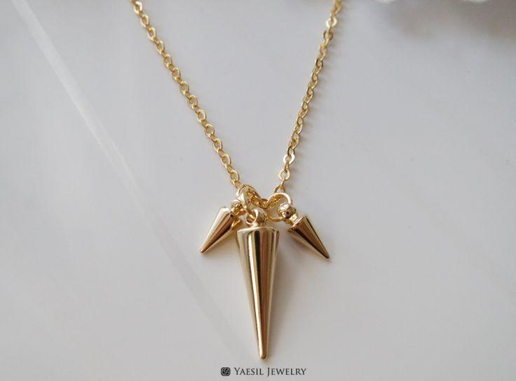 Triple Spike Necklace by YaesilJewelry on Etsy