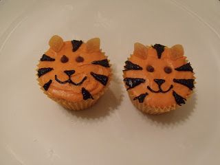 tiger cupcakes for Jack's party
