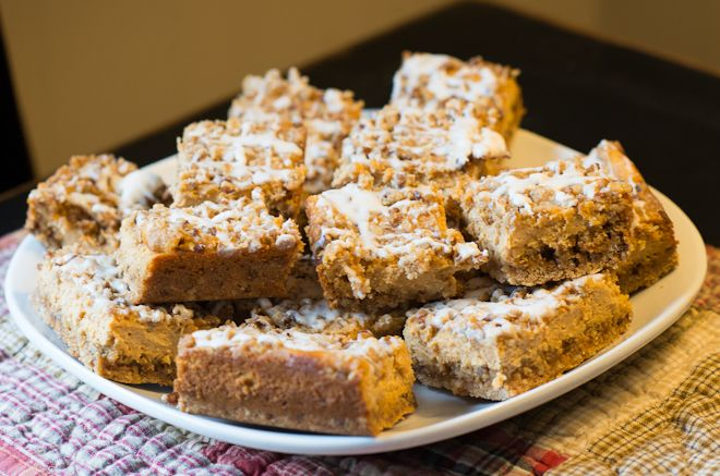 Pumpkin streusel cheesecake bars | Recipe