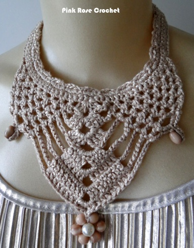 Colar Crochet Bib Necklace