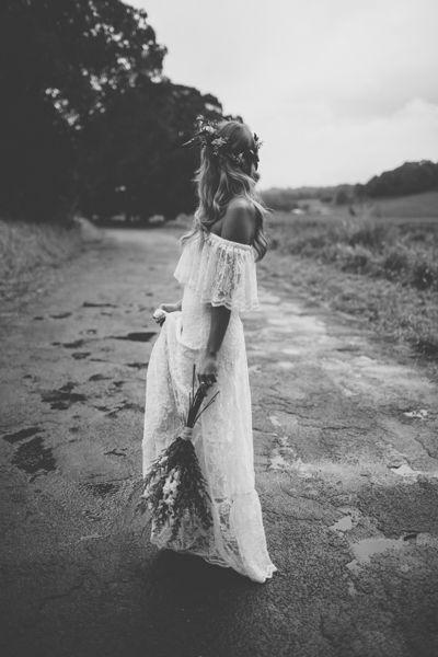 Gorgeous Bohemian wedding dress wow