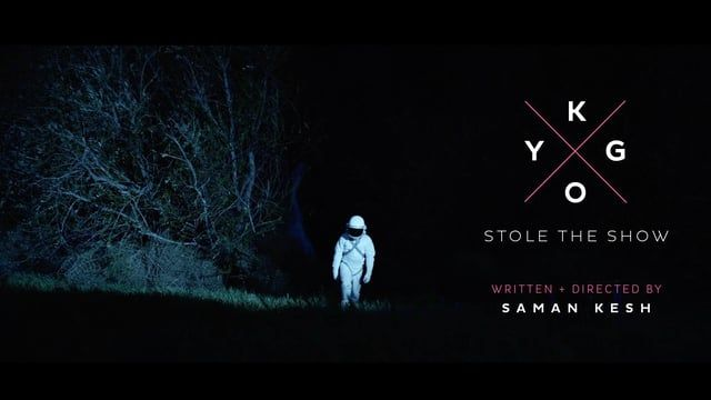 WATCH IT LOUD & FULL SCREEN  A pair of cosmic astronauts crash land near a house party. Moments after they begin to steal the show as they dance the night away. Stole The Show is a cosmic love letter with the cuteness of ET and the ridiculousness of a Spike Jonze video...Enjoy!  Written + Directed by Saman Kesh Twitter: http://twitter.com/ghibli303 Website: http://samanftw.com/  Producer // Geoff Mclean Cinematographer // Guillermo Garza Production Designer // Jason Kisvarday Cost...