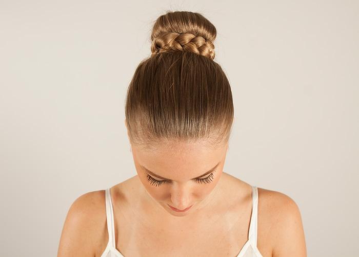 DIY hair bun or donut / Gör det själv hårknut eller donut