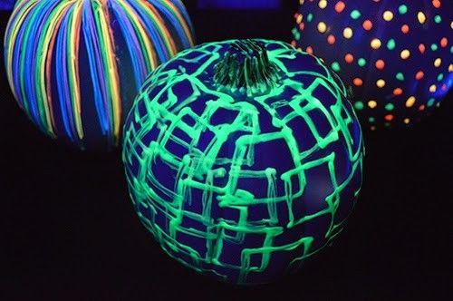 DIY-Glow In The Dark Pumpkins-Homesthetics (3)