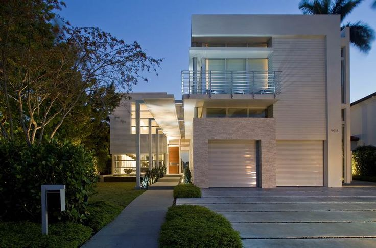 West Broadview Residence | Custom Home Magazine | KZ Architecture, Bay Harbor Islands, FL, Single Family, Custom, Design Awards