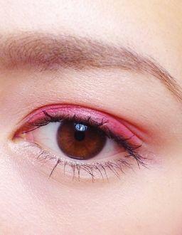 ピンクのアイライナーを使ったアイメイクが可愛すぎるっ ... pink-make