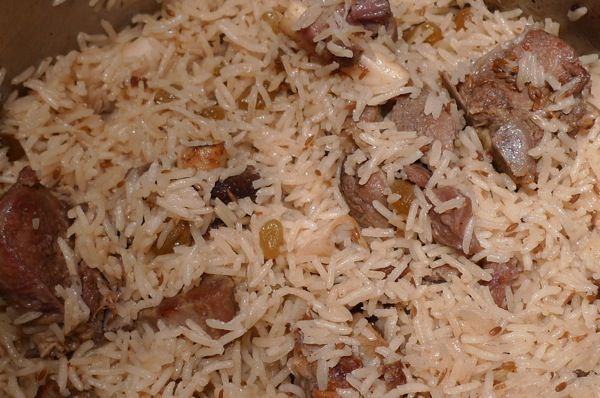 Beef, Lamb Or Chicken Pulao recipe. Pulao is a popular and cherished Persian dish prepared with basmati rice. You can cook pulao with different types of meat such as chicken or murgh pulao, mutton pulao, beef pulao and even fish pulao. First of all meat is boiled with a variety of spices and then rice and more water added if needed. Posted by Tracey.