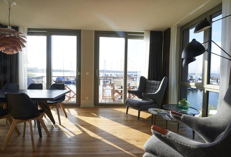 im jaich: Yachthäfen, Yachtservice, Hotel Bremerhaven, Wasserferienwelt Rügen