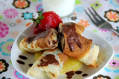 Dadar Gulung Pisang Cokelat (Milky Banana Chocolate Crepes)