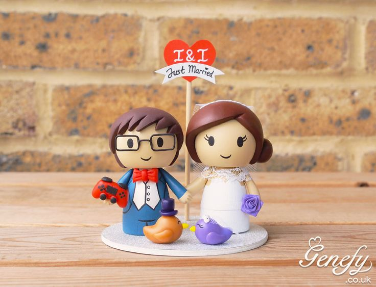Cute Bride And Groom With Lovebirds Ps4 Controller Wedding Cake Topper By Genefy Playground