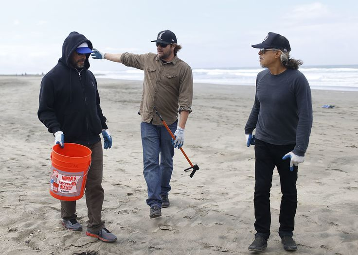 THE SAN FRANCISCO GIANTS AND METALLICA – JOINT DEDICATION TO GIVING BACK TO THE COMMUNITY THEY BOTH CALL HOME - Metallica