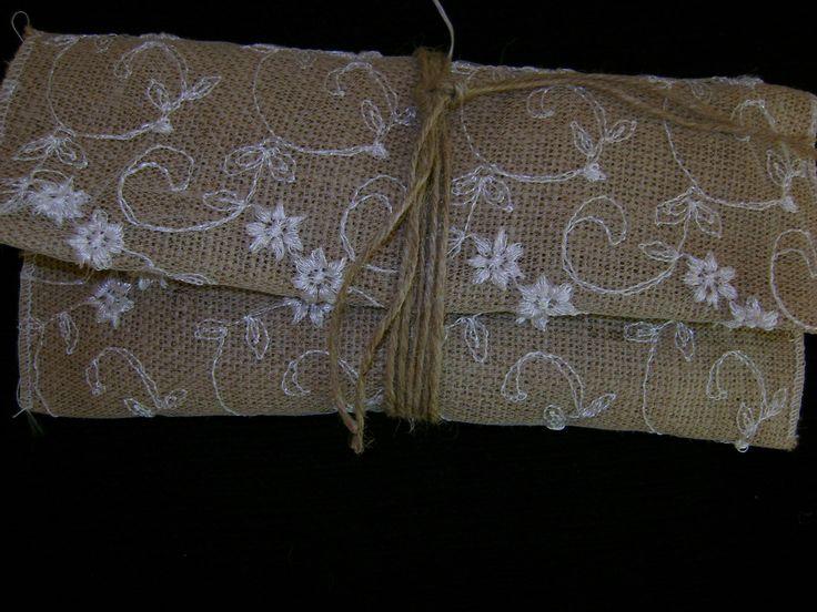 Μπομπονιέρα Γάμου φάκελος από λινάτσα