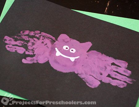 You all knew I was going to include a bat handprint craft, right? :) Jodi from the Clutter-Free Classroom